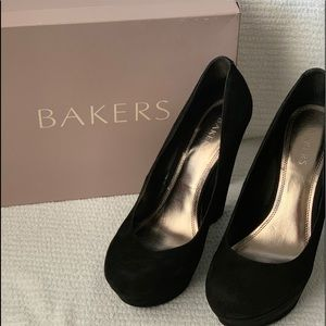 Bakers brand black platform dress heel